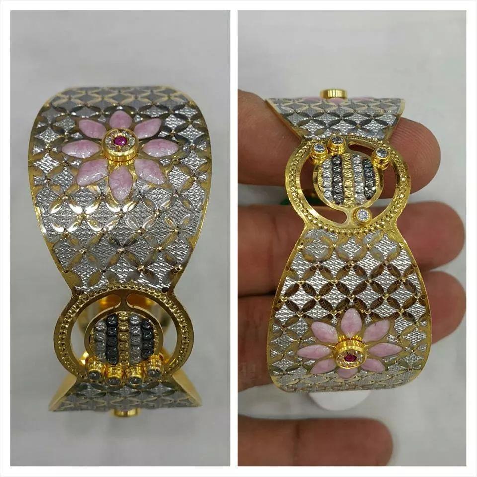 Jewellery cutting-Bangles